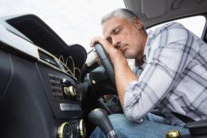 Как не уснуть за рулем автомобиля?